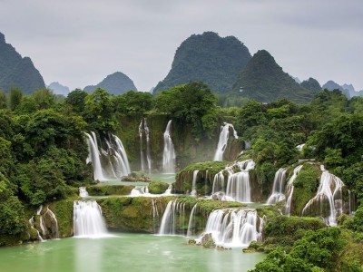 Ban Gioc Waterfall in Cao Bang