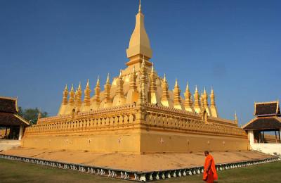 Pha That Luang Temple