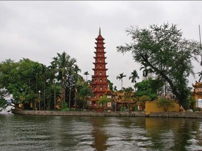 Tran Quoc Pagoda in Ha Noi