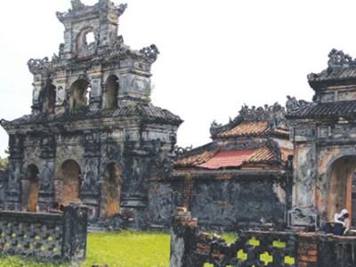 an lang tombs