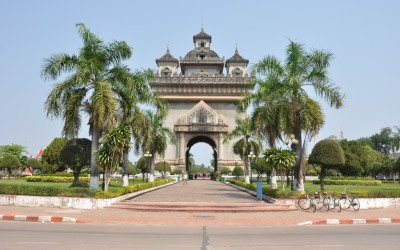 Arc de Triumph - Laos tour